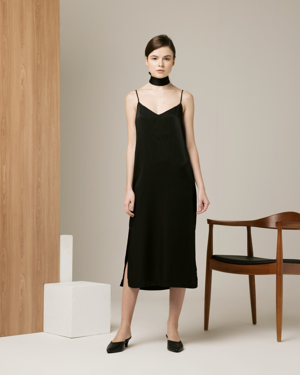 MIDNIGHT SLIP DRESS BLACK