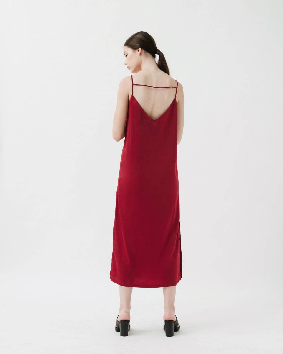 MIDNIGHT SLIP DRESS RED